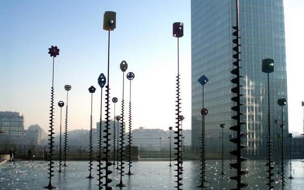 Exposition Takis au Palais de Tokyo : à ne pas manquer !