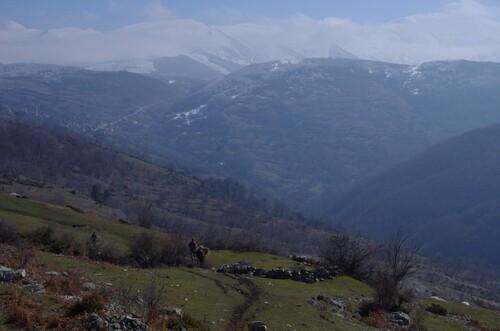De l'autre côté de la frontière: les gorani d'Albanie