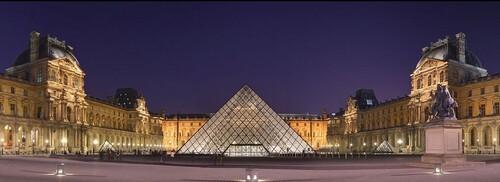 Architecture extérieure du Louvre
