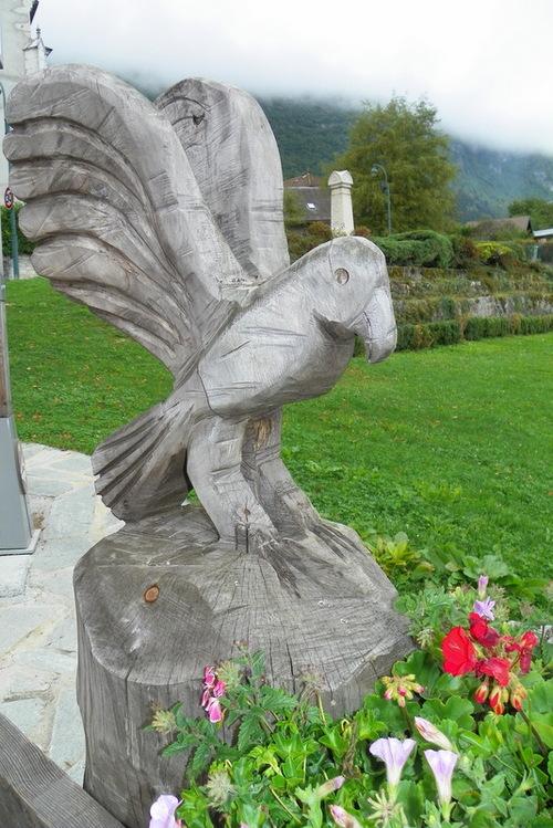 Sculptures sur bois à Lathuile