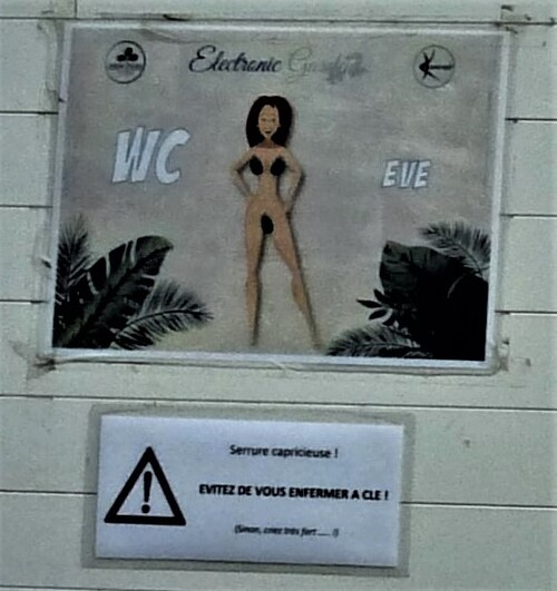 Toilettes hommes et femmes