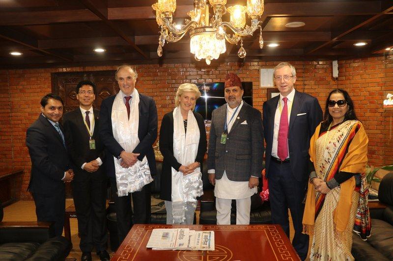 Au Népal