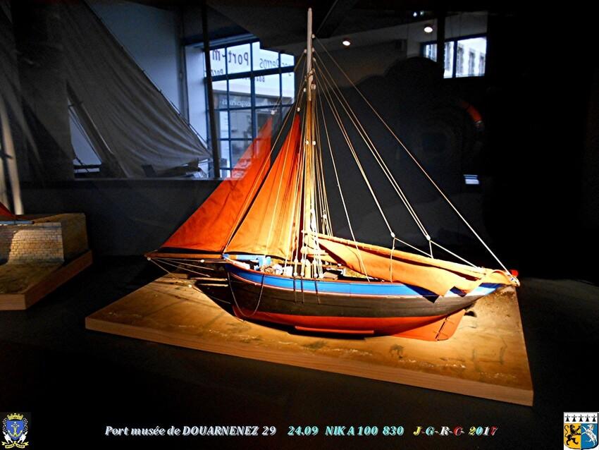 PORT ~ MUSÉE 2/3 ~~ 10/11  de  DOUARNENEZ  29      D   08/06/2019