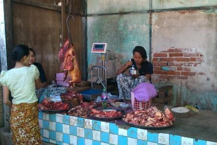 au marché de Kalaw j'ai vu,