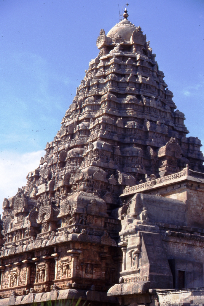 Gangaikonda Cholapuram: perfection la symétrie dynamique