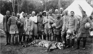 king-edward-viii-tiger-shoot-india-1921.jpg