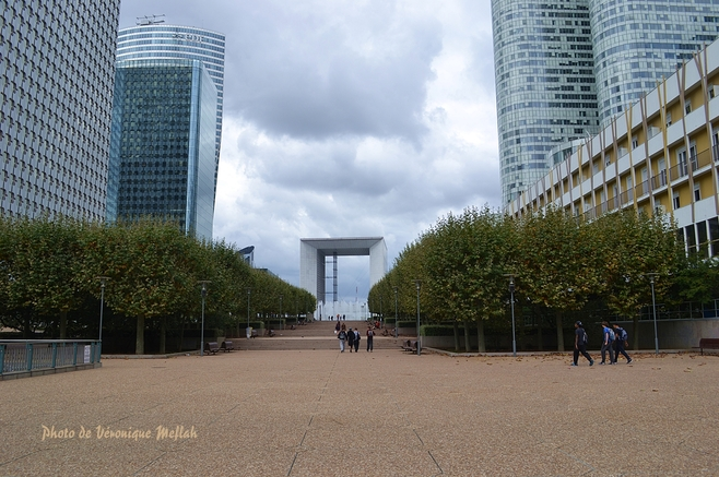 Quartier de la Défense : La Grande Arche de la Fraternité