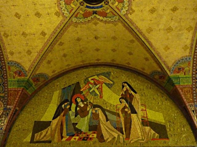 Crypte de la basilique de Lysieux 15 mp1357 2010