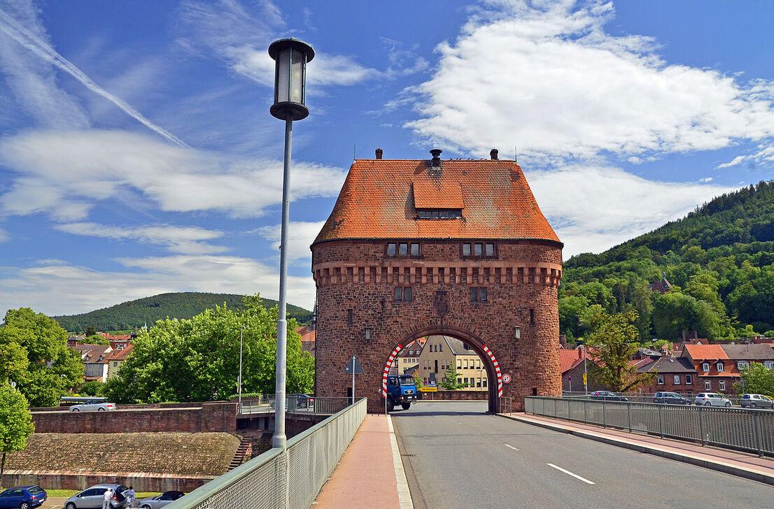 Brückenhaus in Miltenberg am Main.JPG