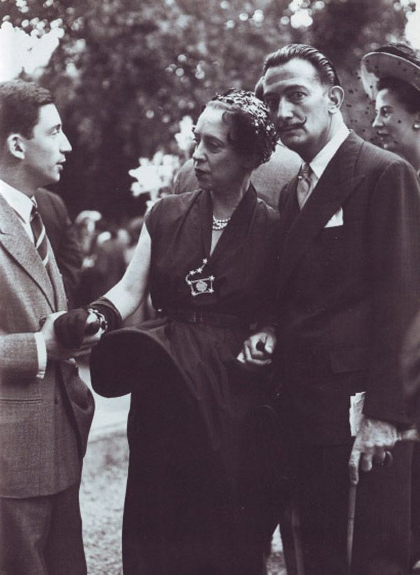 Elsa Schiaparelli + Salvador Dalí. Love her constellation brooch.
