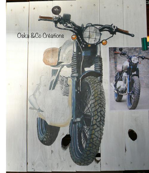 Moto peinte sur palette étape 2