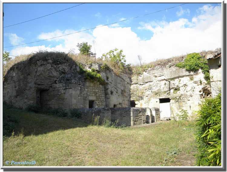 Château du Bouilh - les chais