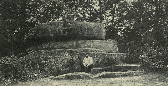 La Pierre - 1913