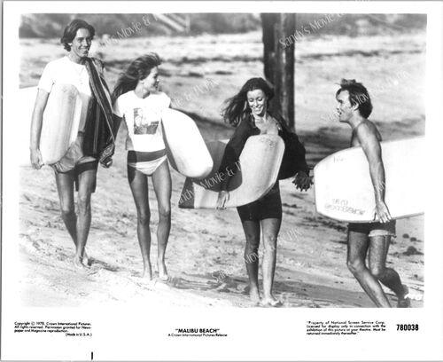 "Kim Lnakford dans ""Malibu beach"""