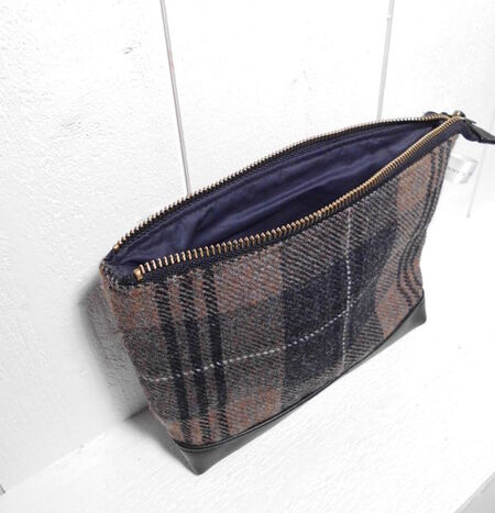 "Trousse de toilette - Wash bag Tweed ""The Brave"""