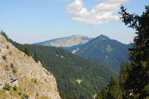Point d'Agay et en arrière plan Pointe d'Ireuse