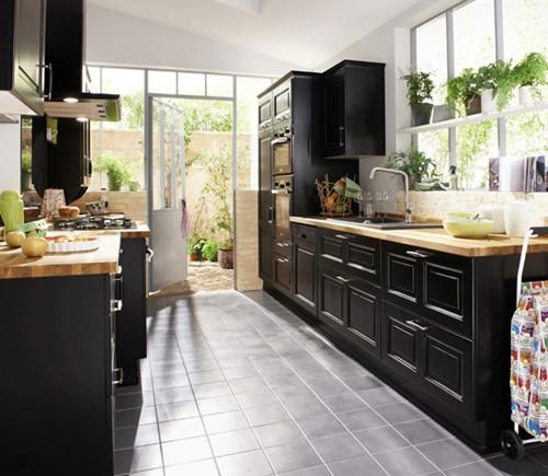Du noir dans la cuisine