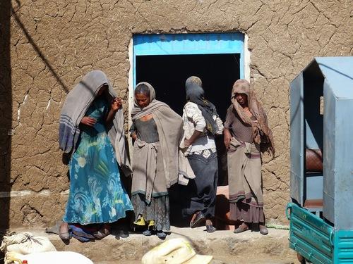 des villages très pauvres;
