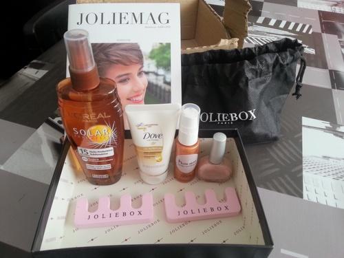 Joliebox juillet 2012 saura t'elle se faire pardonner pour son anniversaire râté ?