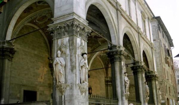 Sienne (Loggia del Papa)
