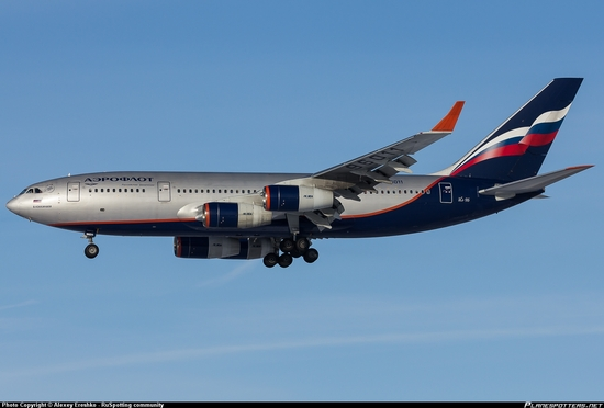 RA-96011-Aeroflot-Russian-Airlines-Ilyushin-Il-96_PlanespottersNet_372708