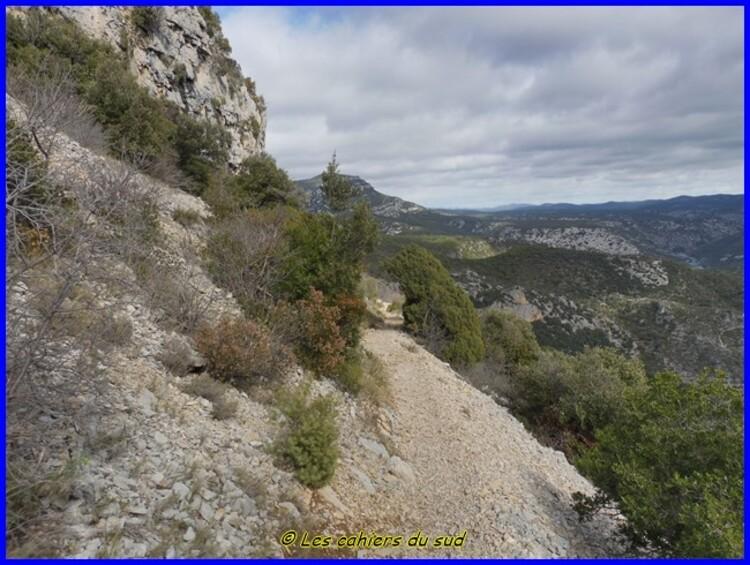 St Guilhem le Désert, le sentier des fenestrettes