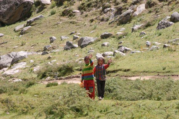 rencontre avec des enfants de nomades;