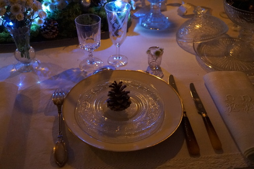 Un Noël naturellement blanc : la table de fête