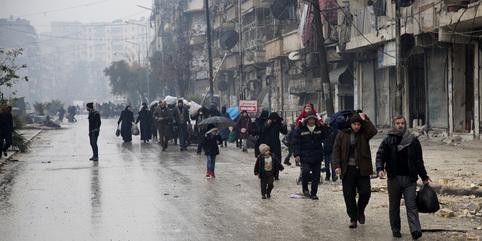 Reprise des combats à Alep, l'évacuation de civils suspendue