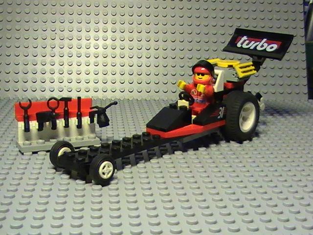Légo city n° 6639 de 1995 - Le dragster.