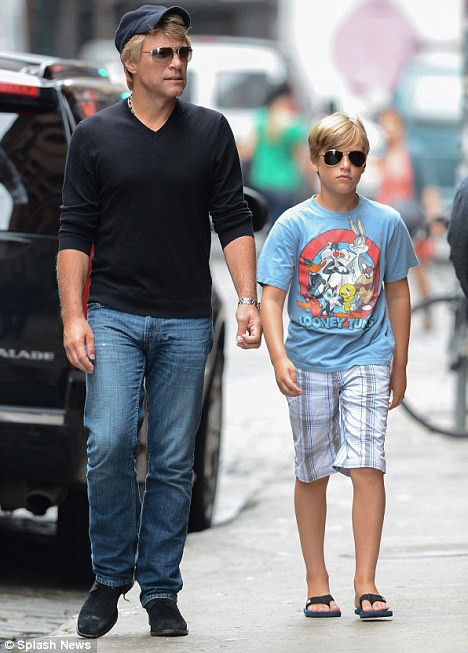 jon bon  jovi et son fils jacob  à new york  le 5 septembre 2012