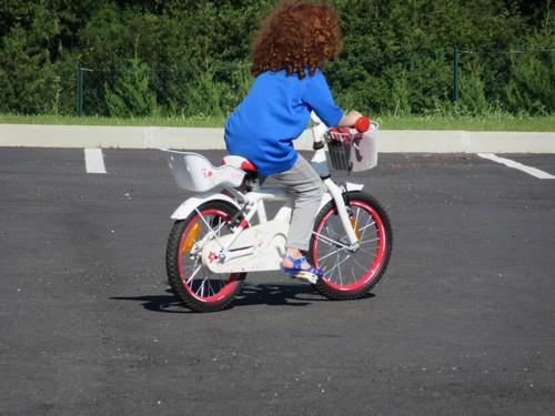 Julie et son vélo
