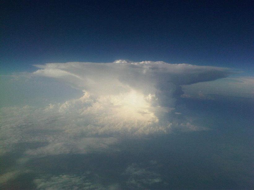 les-8-nuages-les-plus-spectaculaires-qui-flottent-au-dessus-de-votre-tete27
