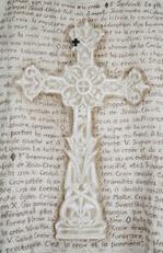 robe de bure détail croix lgt