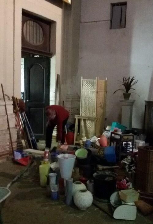 Ménage de l'église