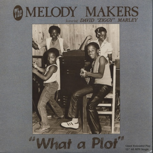 The Melody Makers : Single 12 Inch Sanachie Records 5006 [ US ] What A Plot / Children Playing In The Street
