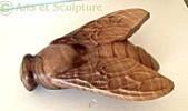 sculpture abeille en bois de noyer - Arts et Sculpture: sculptrice animalière