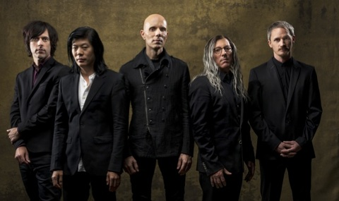 "A PERFECT CIRCLE - ""Disillusioned"" (Clip)"