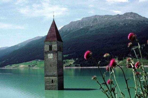 Le lac de Resia de Bolzano