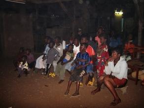 070 Banfora Cinéma à l'orphelinat