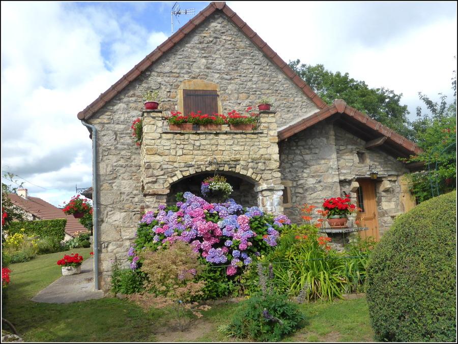 En visite à Paray-le-Monial : Juin 2020 ( petite balade en Charolais/Brionnais  12/2 )