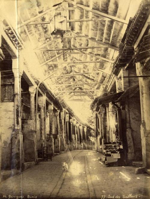 Souk des Tailleurs.  Tunis. 1875