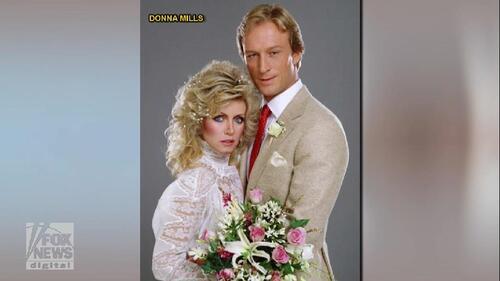Donna Mills se confie sur sa carrière.
