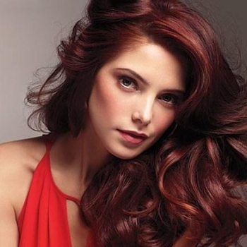 ashley-greene-ishair-2011-1