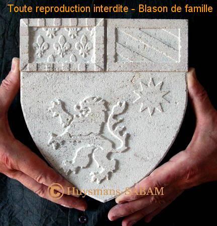 Sculpture sur pierre, blason familial - Arts et sculpture: sculpteur, artisan d'art