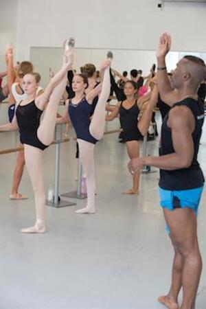 dance ballet class reflexion desmond ridchardson