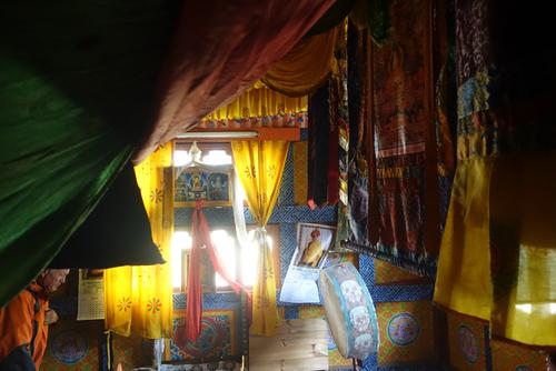 De Dzongs en Chortens