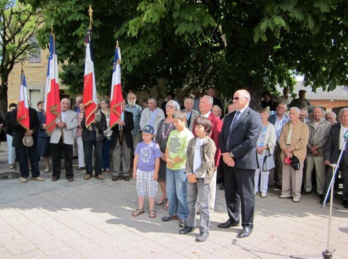 Sur la route des 8000 lieux et liens du 19-Mars-1962 : aujourd'hui à Montbazens (Aveyron)