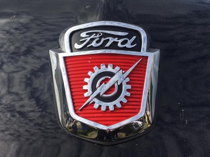Logos des voitures anciennes!