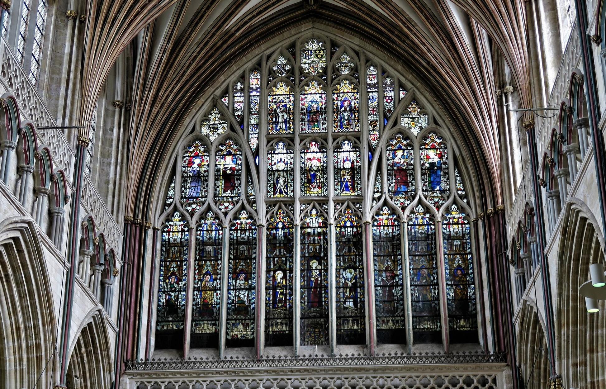 EXETER. Cathédrale. Grand vitrail Est (XIV)